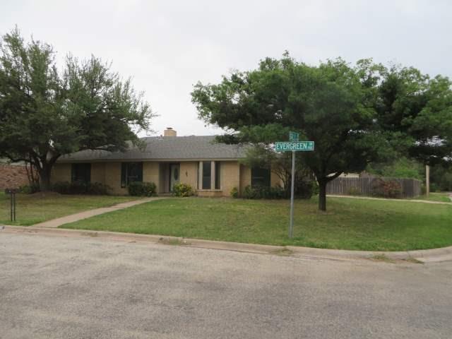 901 Evergreen Street, Abilene, TX 79601 (MLS #13841988) :: The Real Estate Station
