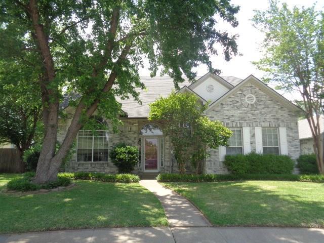 2501 Covington Drive, Garland, TX 75040 (MLS #13843288) :: Magnolia Realty