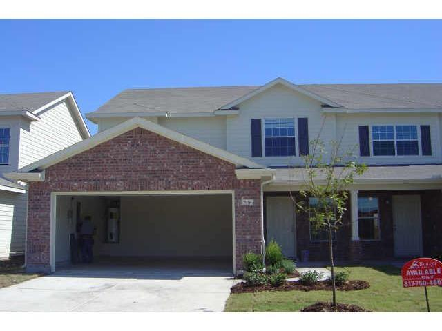 7416 Cowhand Court, Fort Worth, TX 76131 (MLS #13843532) :: The Rhodes Team