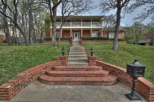 33 Highview Circle, Denton, TX 76205 (MLS #13851883) :: Real Estate By Design
