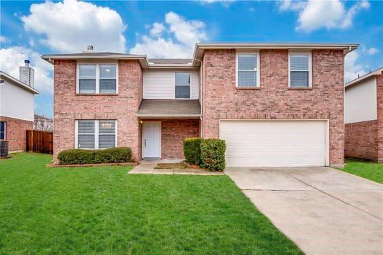 2816 High Pointe Boulevard, Mckinney, TX 75071 (MLS #13851905) :: Real Estate By Design