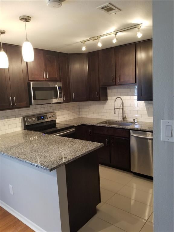 5306 Fleetwood Oaks Avenue #124, Dallas, TX 75235 (MLS #13852014) :: Magnolia Realty