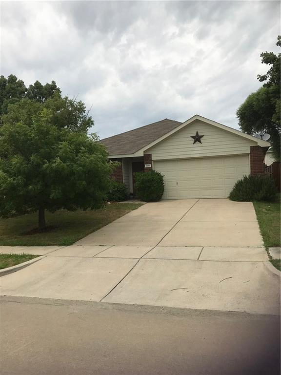 1104 Grace Drive, Princeton, TX 75407 (MLS #13859080) :: NewHomePrograms.com LLC