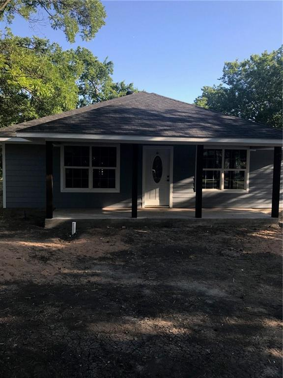 210 Lincoln Street, Trenton, TX 75490 (MLS #13869049) :: Baldree Home Team