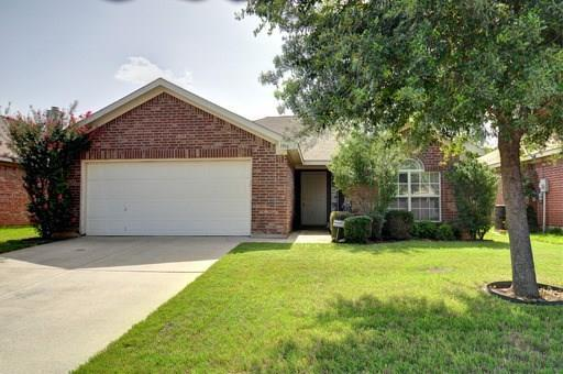 3108 Silent Creek Trail, Fort Worth, TX 76053 (MLS #13870184) :: The FIRE Group at Keller Williams