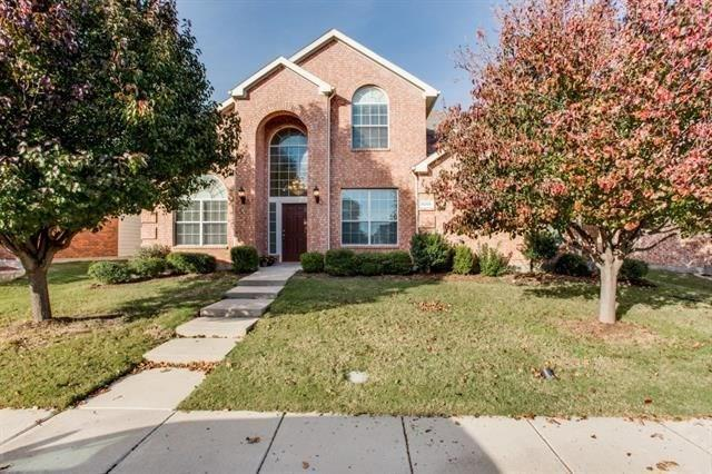 6200 Pine Meadow Lane, Mckinney, TX 75070 (MLS #13871271) :: The Real Estate Station