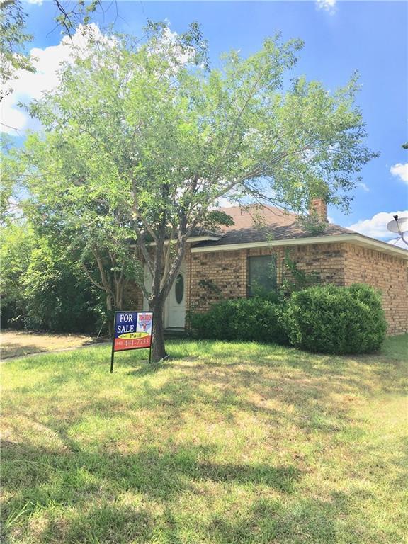 927 Live Oak Drive, Desoto, TX 75115 (MLS #13873293) :: Pinnacle Realty Team