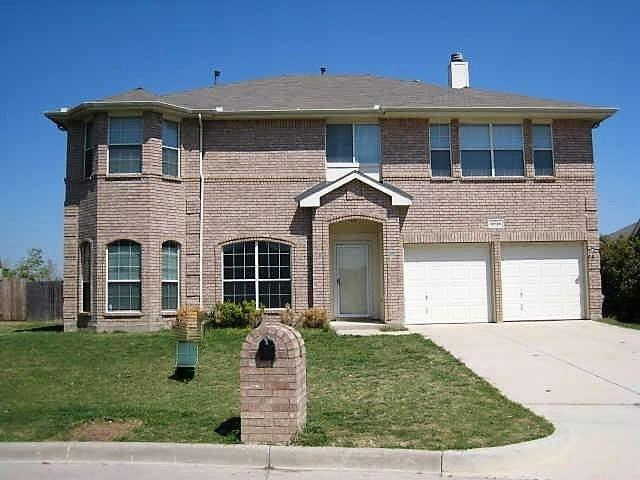 6936 Genevieve Drive, Fort Worth, TX 76137 (MLS #13875020) :: Magnolia Realty