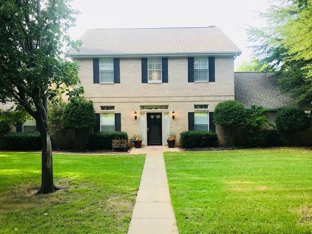 1813 Lakeridge Drive, Weatherford, TX 76087 (MLS #13889977) :: Magnolia Realty