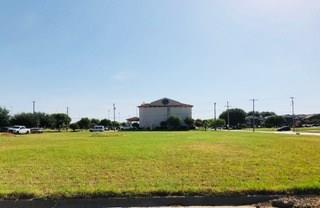 900 Harbor Lakes Drive, Granbury, TX 76048 (MLS #13890588) :: Magnolia Realty