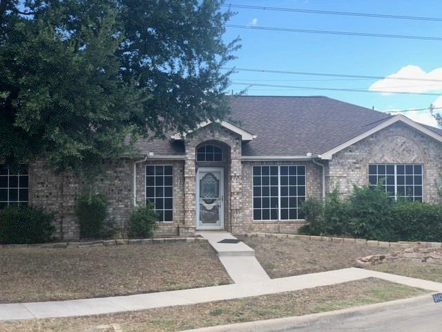 6443 Brookhaven Trail, Arlington, TX 76001 (MLS #13890876) :: The Mitchell Group