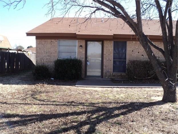 720 Redbird Lane, Abilene, TX 79605 (MLS #13891246) :: The Tonya Harbin Team