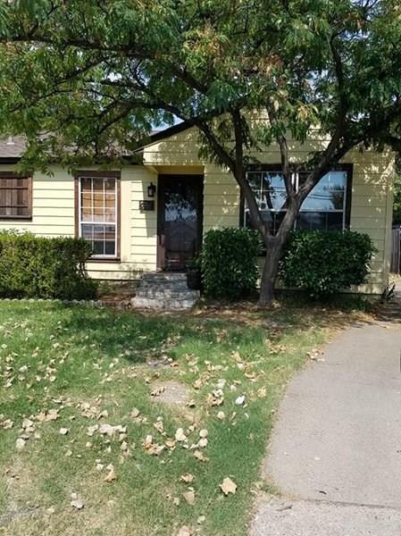 621 3rd Street, Grand Prairie, TX 75051 (MLS #13892295) :: Century 21 Judge Fite Company