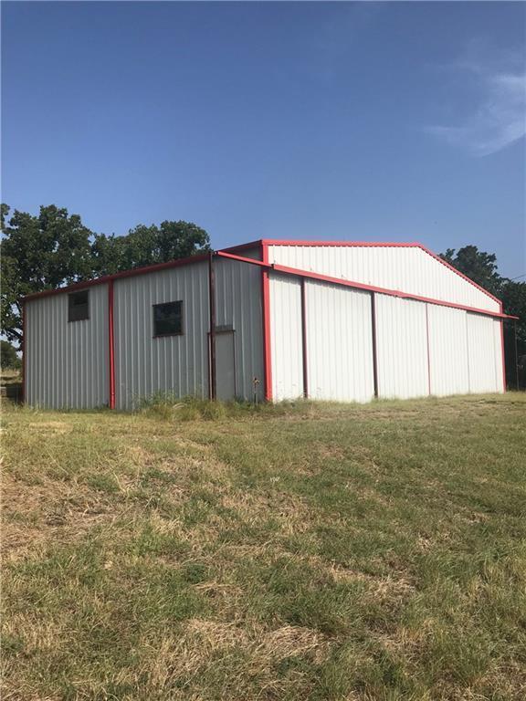 144 Cliffview Drive, Nocona, TX 76255 (MLS #13893923) :: Team Hodnett
