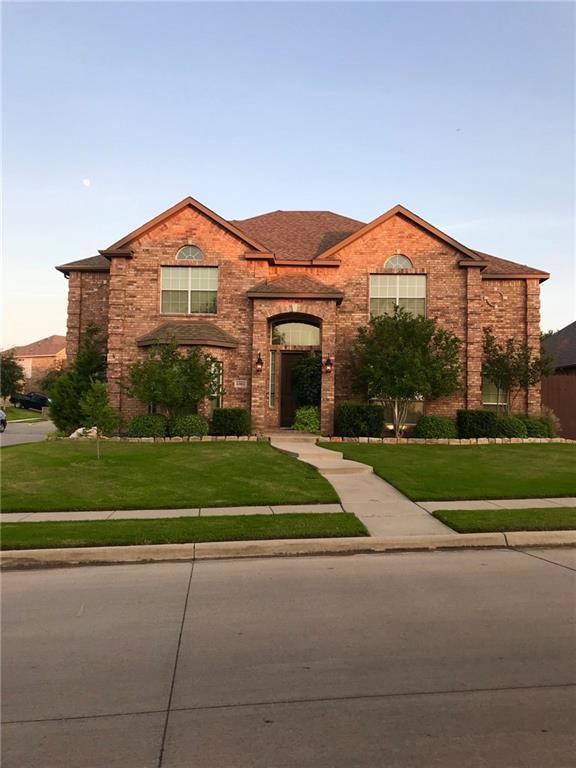 6901 Bent Spur Drive, Fort Worth, TX 76179 (MLS #13894192) :: Frankie Arthur Real Estate