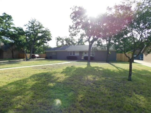 2310 Fran Circle, Clyde, TX 79510 (MLS #13895352) :: Team Hodnett