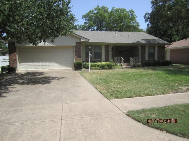327 Mizell Street, Duncanville, TX 75116 (MLS #13896034) :: Pinnacle Realty Team