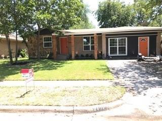 2402 Sussex Drive, Garland, TX 75041 (MLS #13897642) :: Team Hodnett