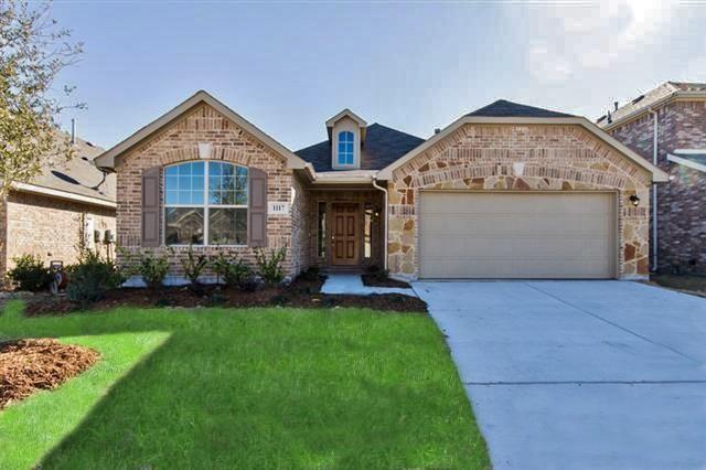 1117 Crest Meadow Drive, Fort Worth, TX 76052 (MLS #13899051) :: Team Hodnett