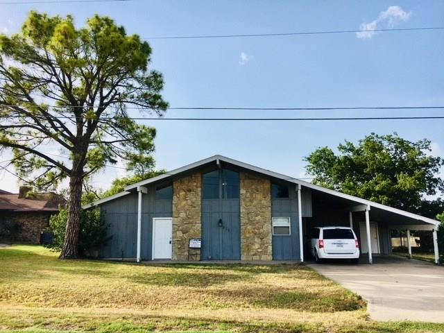 230 Lakeview Drive, Runaway Bay, TX 76426 (MLS #13899353) :: Team Hodnett