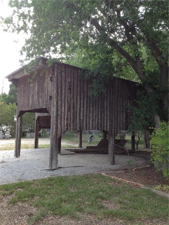 8620 County Road 215, Brownwood, TX 76801 (MLS #13899850) :: Team Hodnett