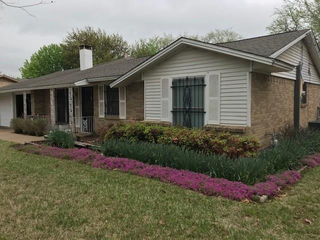 5705 Bonnie Wayne Street, Haltom City, TX 76117 (MLS #13899932) :: The Real Estate Station