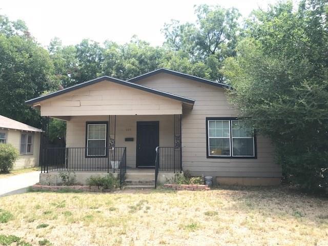 605 Orange Street, Arlington, TX 76012 (MLS #13900866) :: Team Hodnett