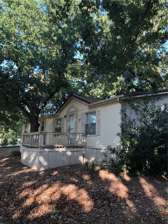 133 Finley Court, Springtown, TX 76082 (MLS #13908277) :: Team Hodnett