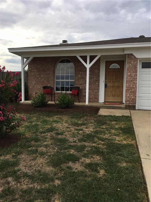 6137 Grayson Court, Watauga, TX 76148 (MLS #13910486) :: Team Hodnett