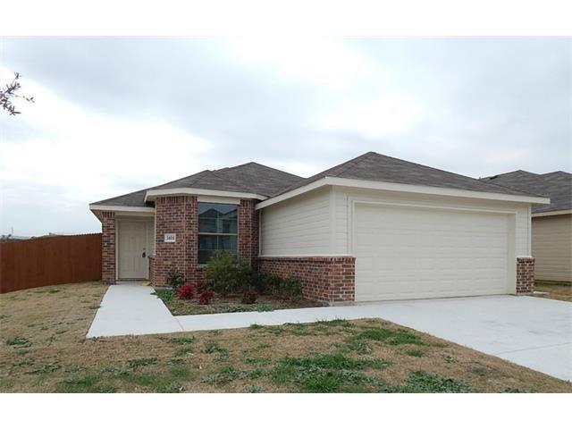 5101 Glen Eden, Fort Worth, TX 76119 (MLS #13910969) :: RE/MAX Pinnacle Group REALTORS