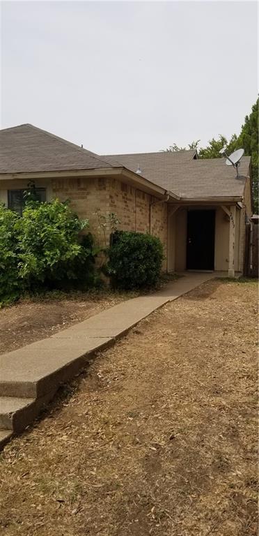 2453 Limestone Drive, Arlington, TX 76014 (MLS #13911142) :: Team Hodnett