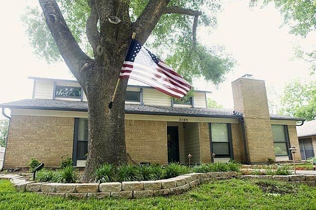 2105 Meredith Lane, Richardson, TX 75081 (MLS #13911169) :: Team Hodnett