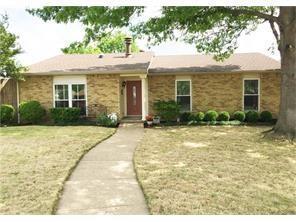 2126 Kings Road, Carrollton, TX 75007 (MLS #13914106) :: Robbins Real Estate Group