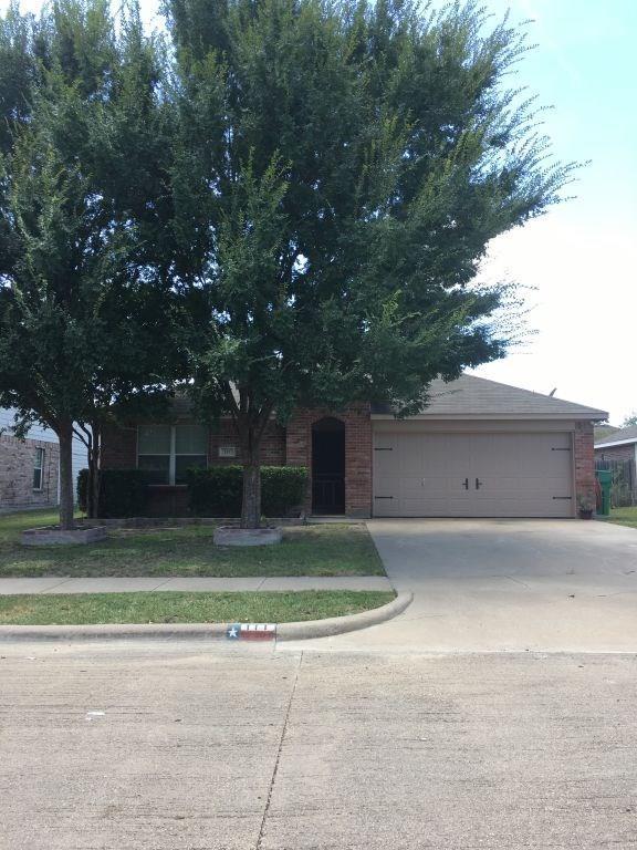 111 Jimmie Birdwell Boulevard, Ferris, TX 75125 (MLS #13914337) :: Pinnacle Realty Team