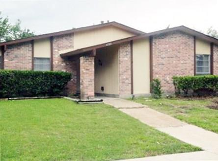 4505 Mint Drive, Garland, TX 75043 (MLS #13914783) :: All Cities Realty