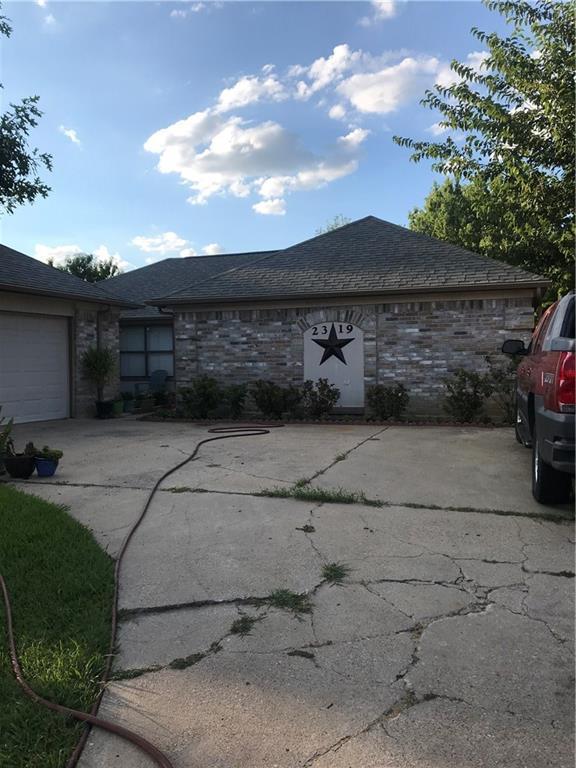 2319 Brookdale Drive, Arlington, TX 76014 (MLS #13915624) :: Team Hodnett