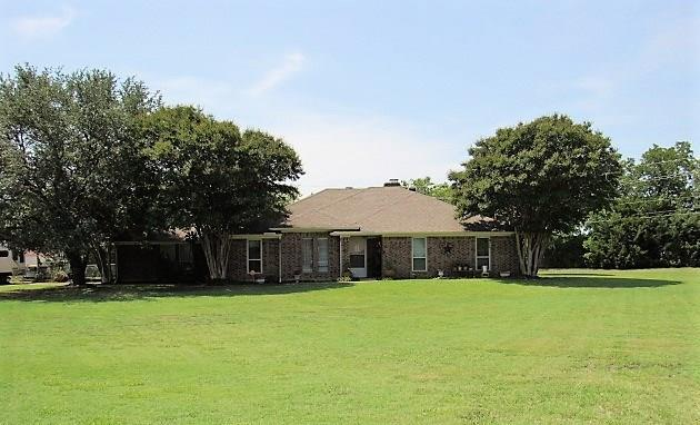 14100 Rainbow Drive, Forney, TX 75126 (MLS #13915815) :: The Real Estate Station