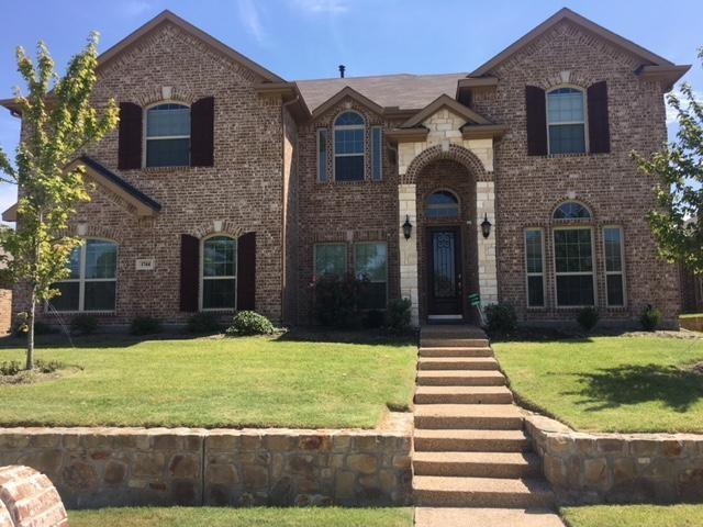 1744 River Run Drive, Desoto, TX 75115 (MLS #13917143) :: The Rhodes Team