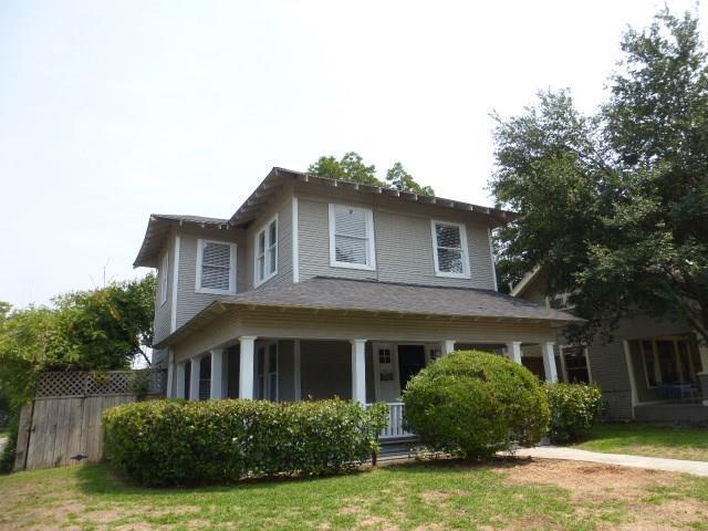 202 S Edgefield Avenue, Dallas, TX 75208 (MLS #13920083) :: RE/MAX Landmark