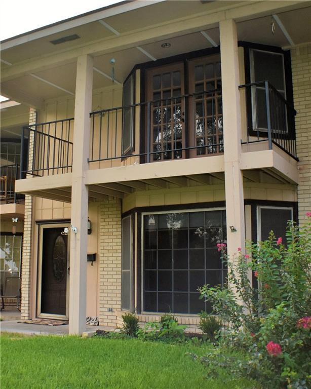 5824 Marina Drive #6, Garland, TX 75043 (MLS #13920735) :: Magnolia Realty