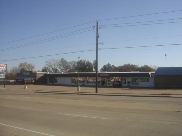 425 N Gun Barrel Lane, Gun Barrel City, TX 75156 (MLS #13921027) :: Steve Grant Real Estate
