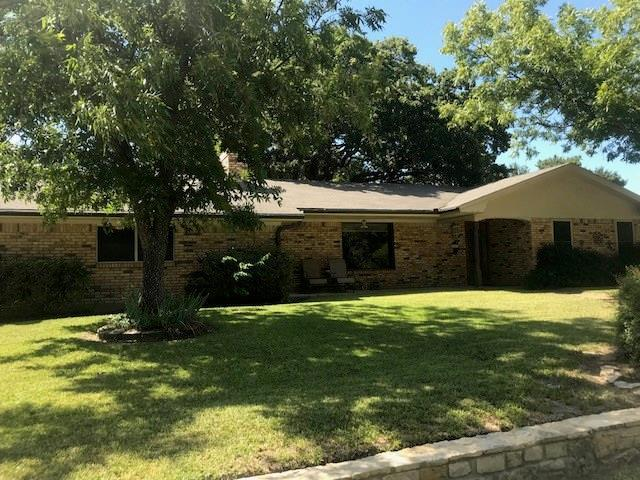 202 Pine Street, Hico, TX 76457 (MLS #13923470) :: RE/MAX Town & Country