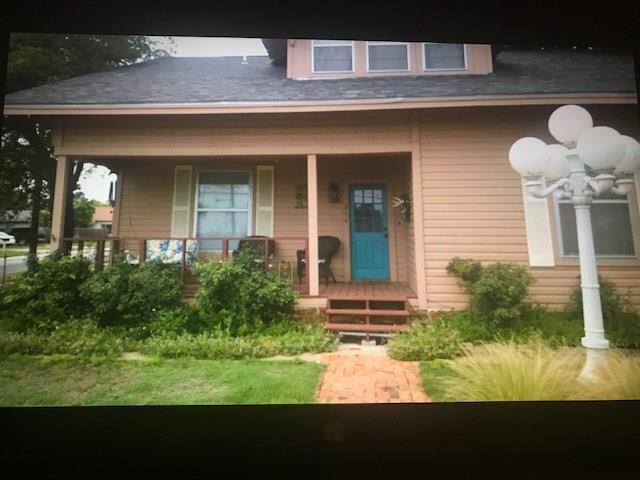 214 W Lindsey Street, Breckenridge, TX 76424 (MLS #13924023) :: Team Tiller