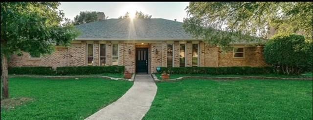 16801 Thomas Chapel Drive, Dallas, TX 75248 (MLS #13924535) :: Robbins Real Estate Group