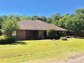 1209 Spanish Moss Drive, Granbury, TX 76048 (MLS #13925964) :: Frankie Arthur Real Estate