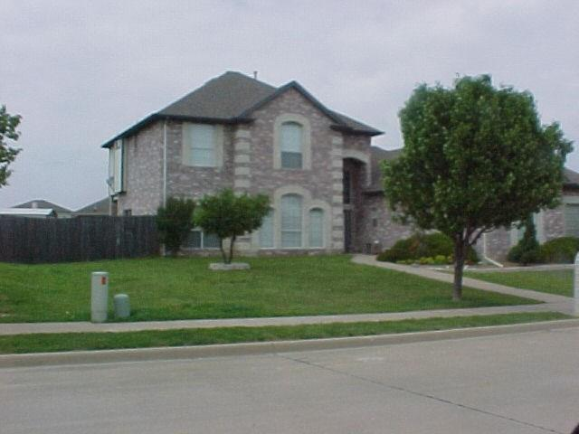 1000 Wilderness Trail, Crowley, TX 76036 (MLS #13927425) :: RE/MAX Town & Country