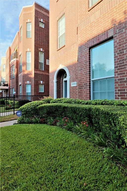 15735 Spectrum Drive, Addison, TX 75001 (MLS #13929663) :: Robbins Real Estate Group