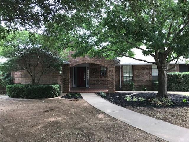 202 Driftwood Place, Joshua, TX 76058 (MLS #13935195) :: Potts Realty Group