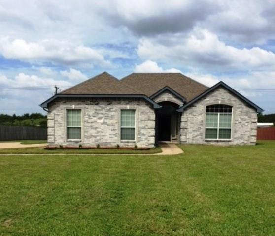 517 Kings Creek Drive, Terrell, TX 75161 (MLS #13935381) :: RE/MAX Town & Country