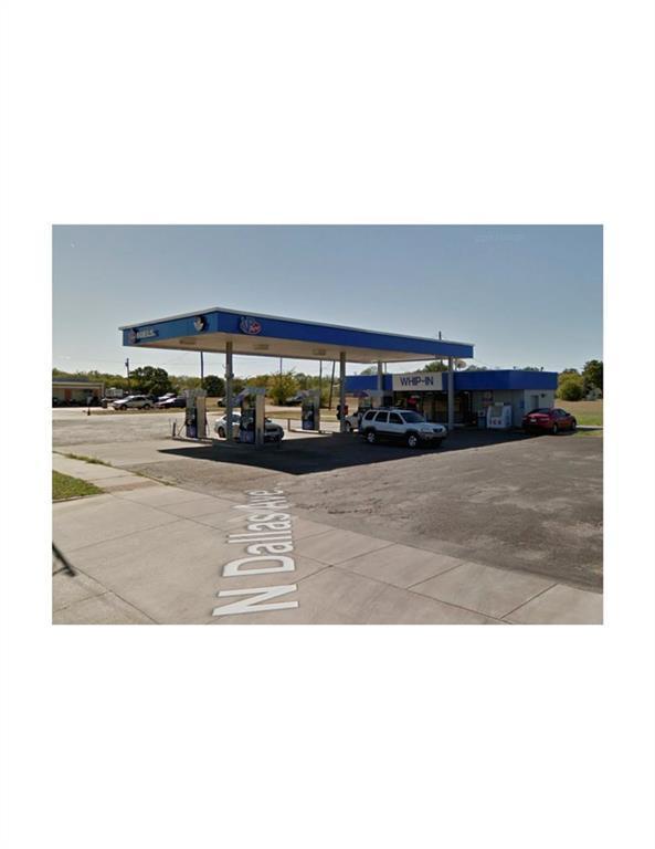 2601 N Dallas Avenue, Lancaster, TX 75134 (MLS #13936911) :: Pinnacle Realty Team